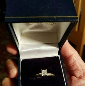 Jewelry - 1/2carat natural diamond engagement ring